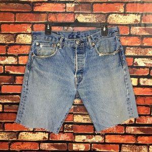 Size 32 Men's Cut Off Denim Levi Shorts